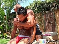 Hot Buff Stud Oily Massage
