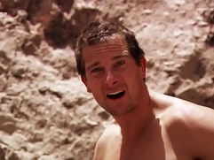 BEAR GRYLLS Naked