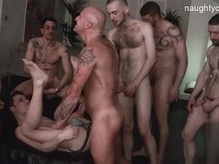 Sexy friends sucking big cock
