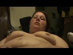 voyeur nicole rubs her clit to orgasm.